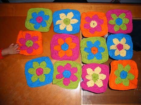 flowerrugmotifsblog.jpg