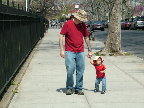 daddyandsiennawalkblog.jpg
