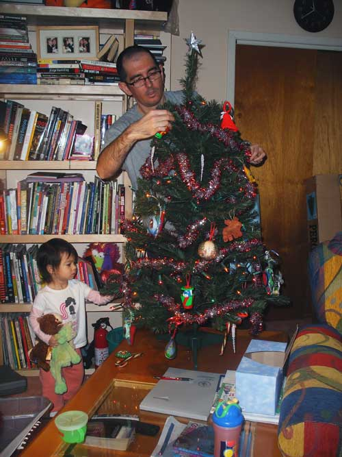 treedecorate1blog.jpg