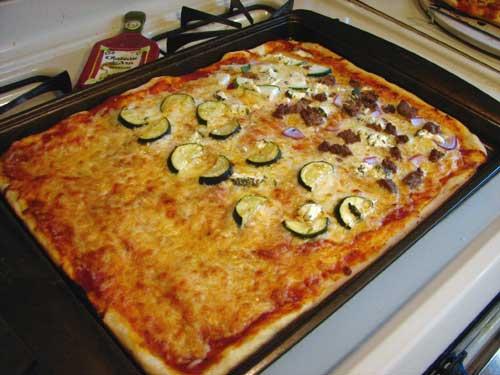 squarepizza500.jpg