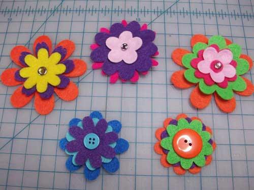feltflowers1tad25.jpg