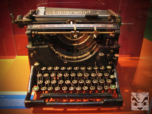 oldtypewriter.jpg