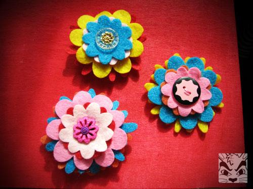 feltflowermagnets.jpg