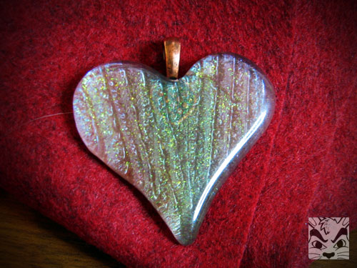 uteeheartpendant.jpg