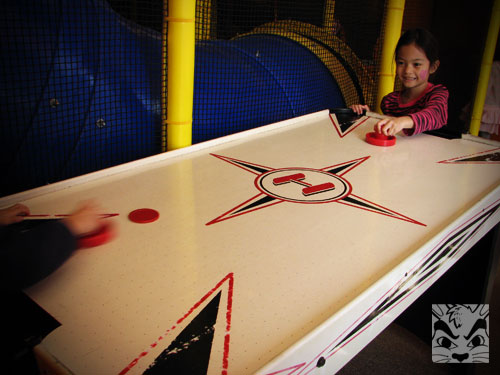 airhockey.jpg