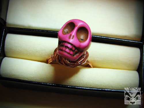 pinkskullring.jpg