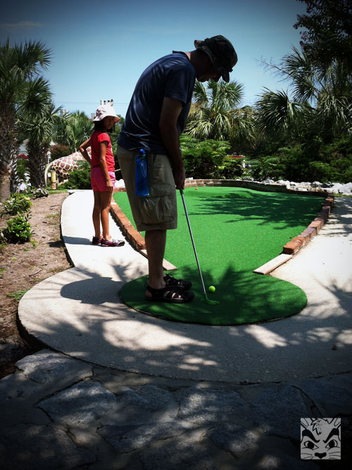Mini Golfing!